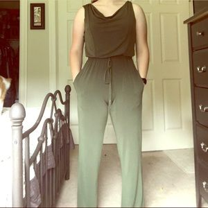 Cute green romper with pockets